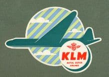 beautiful old luggage for Northwest  Airline  nice label.